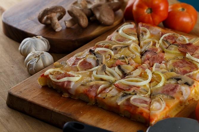 pizza pocholo ayala malls marikina